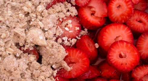 strawberries-with-crumb-1
