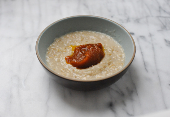 Oatmeal with Pumpkin Butter